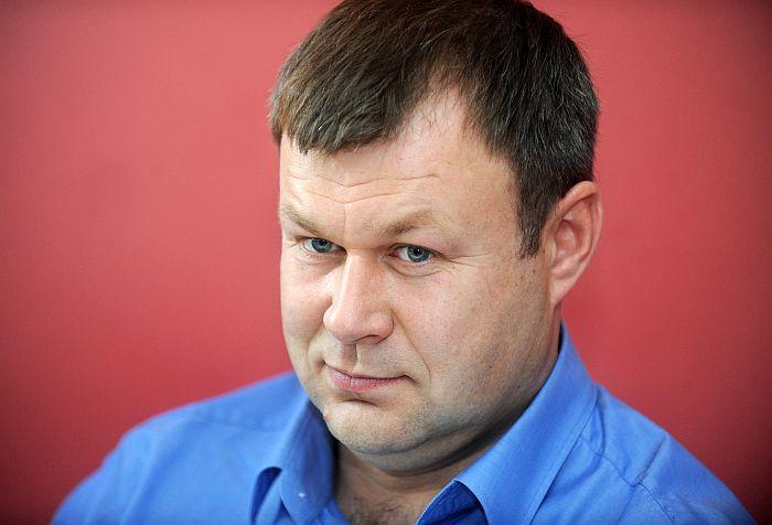 """SIA """"Selva būve"""" valdes priekšsēdētājs Rolands Orlovskis piedalās ziņu aģentūras LETA biznesa portāla """"Nozare.lv"""" rīkotajā diskusijā par būvniecību."""