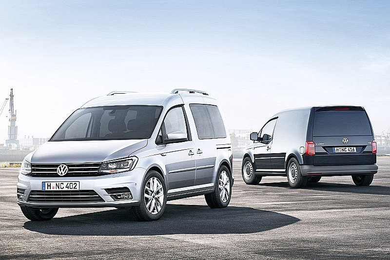 """Ceturtās paaudzes """"Caddy"""" ieguvis jaunajiem """"Volkswagen"""" koncerna modeļiem raksturīgo šķautņaino dizainu."""