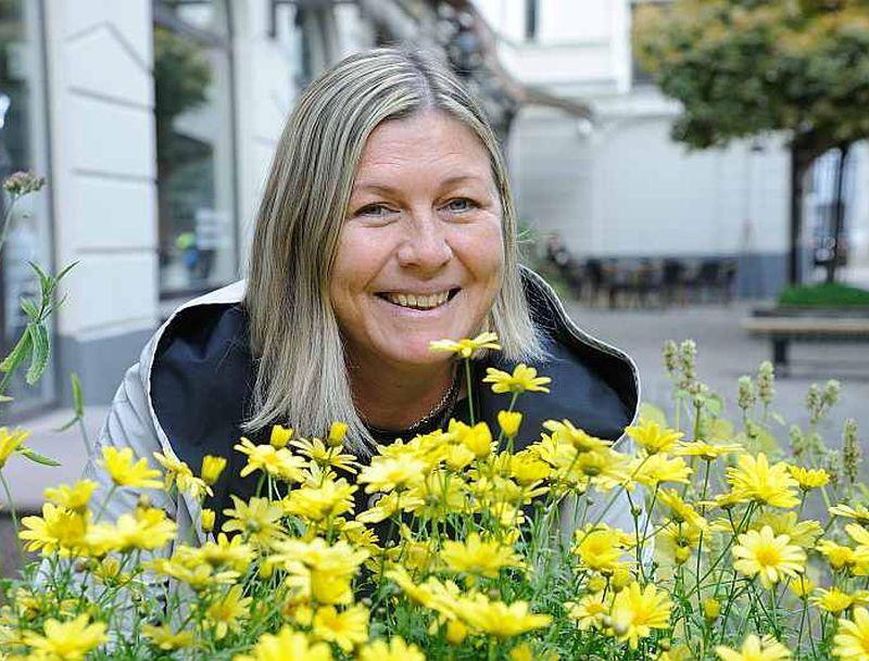 Nora Ikstena