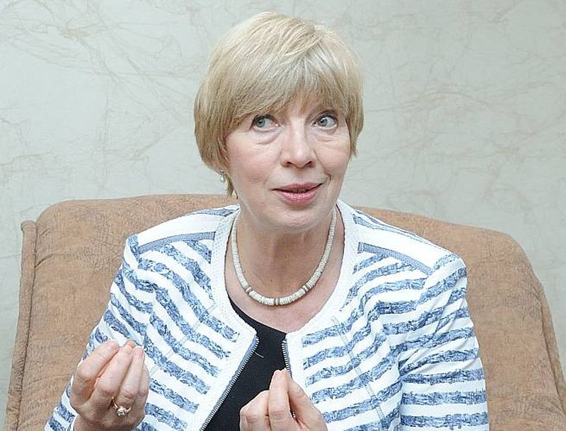 Karina Pētersone