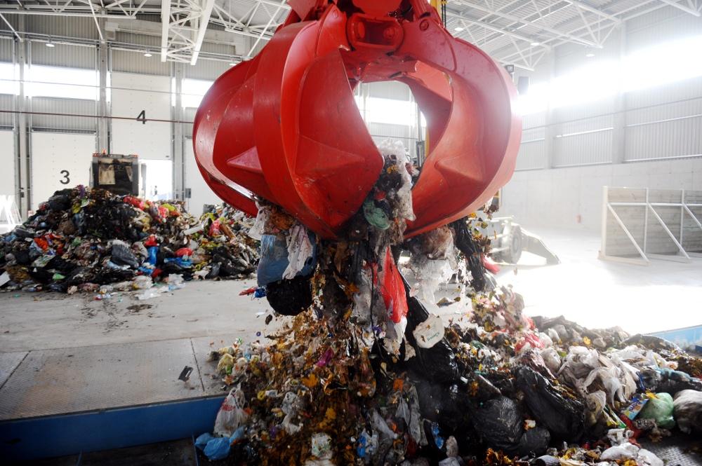 Getliņu atkritumu šķirošanas rūpnīcas atklāšana.