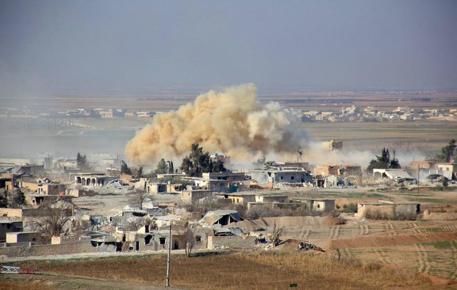 """Atlantijas padomes ziņojumā teikts, ka vairāk nekā deviņdesmit procentos gadījumu Krievijas uzlidojumu mērķis bija nevis ISIS vai """"Al-Qaeda"""" grupējumu bāzes, bet gan mošejas, slimnīcas, pārtikas noliktavas, ūdens attīrīšanas iekārtas un citi civilie objekti mērenās opozīcijas kontrolētajās teritorijās."""