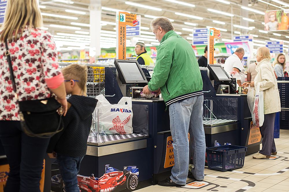 """Latvijā konkurence starp mazumtirgotājiem ir sīva, bet, piedāvājot inovatīvas idejas, kvalitatīvas preces, patērētāju pieprasījums augs""""."""