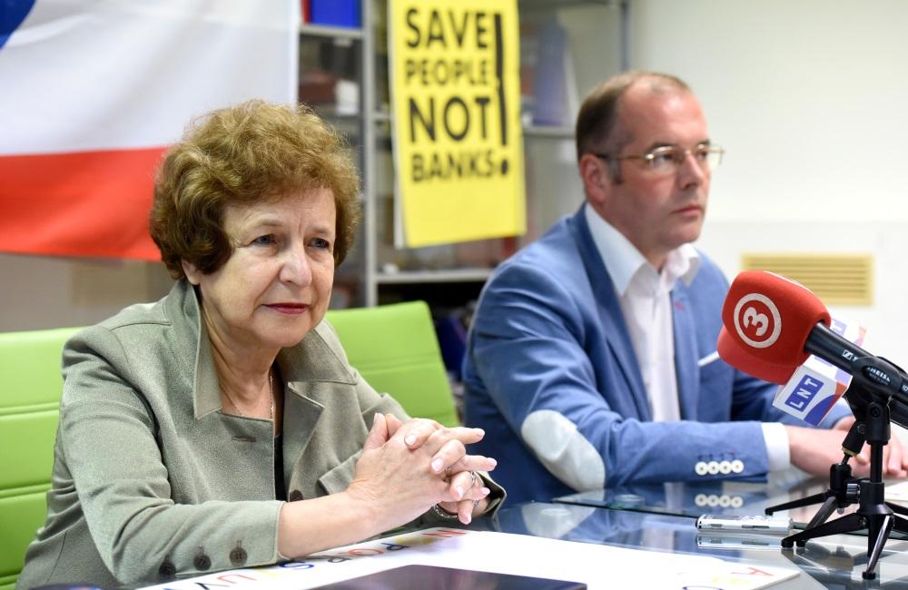 Tatjana Ždanoka un Andrejs Mamikins