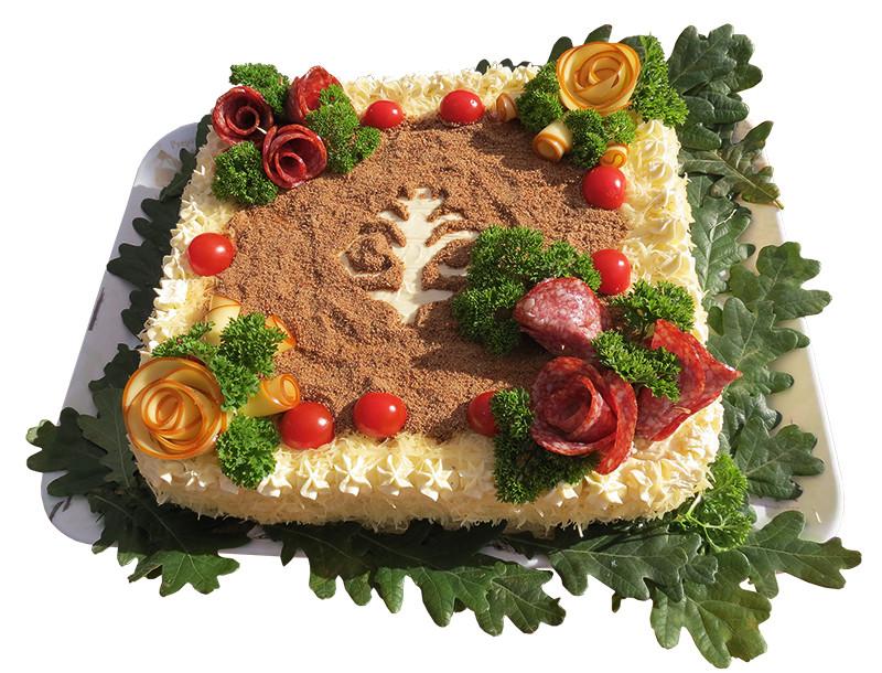 Torte Latvijas garšu buķete