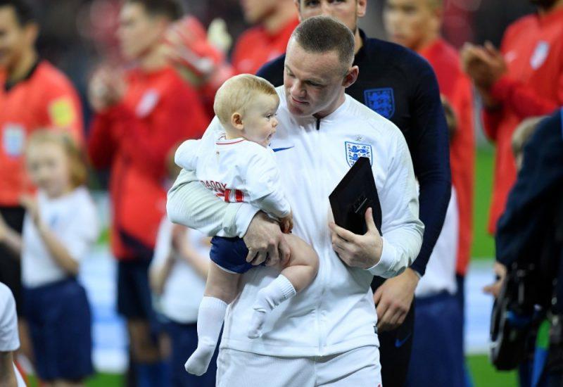 Veins Rūnijs atvadās no Anglijas futbola izlases.