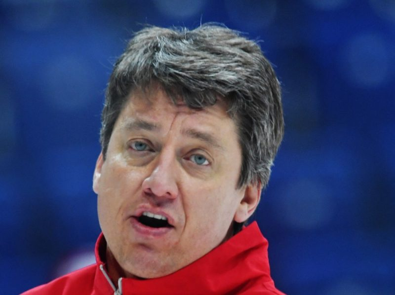 Harijs Vītoliņš var kļūt par Šveices titulētākā hokeja kluba galveno treneri.