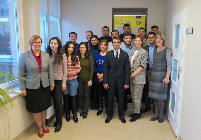 Latvijā zināšanas papildina Azerbaidžānas Nacionālā augu aizsardzības dienesta un laboratorijas eksperti.