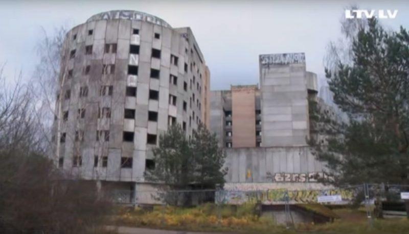 Jaunbūve pie Austrumu slimnīcas Mežciemā arvien nav pabeigta vairāk nekā 27 gadus.