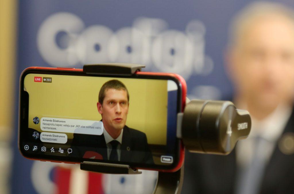 Preses konference, kurā informē par sākto kriminālprocesu pret Jaunās konservatīvās partijas valdes locekli Juri Jurašu saistībā ar valsts noslēpuma izpaušanu.