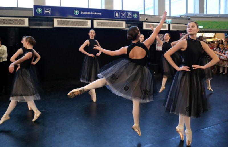 Baltijas baleta festivāla atklāšanas koncerts Rīgas Starptautiskajā dzelzceļa stacijā, 19.03.2019.