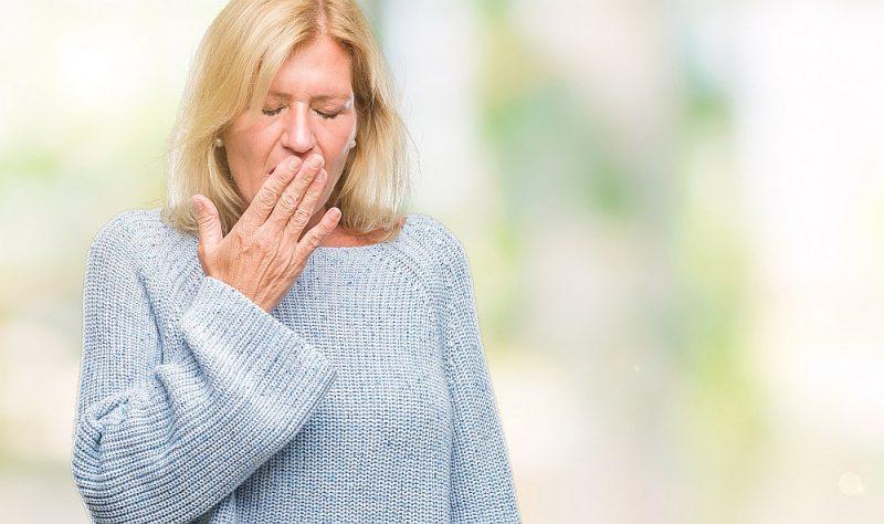Hroniska noguruma sindroma pacienti jūtas neizgulējušies pat pēc ilga miega.