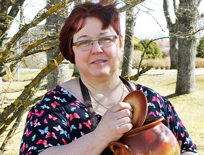 Vidzemniece Antra Pavloviča ir diplomēta pavāre un konditore. Nu jau vairākus gadus viņai ir mājražotājas statuss.