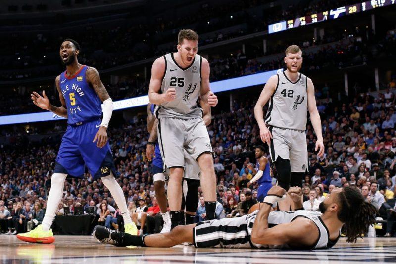 """Dāvis Bertāns un Sanantonio """"Spurs"""" ir zaudējuma attālumā no sezonas beigām."""