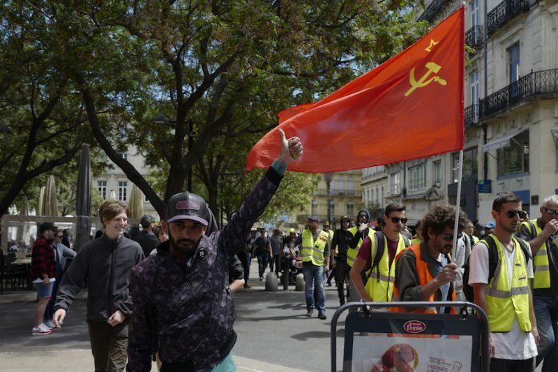 """""""Dzeltenās vestes"""" Parīzē 11.maijā"""