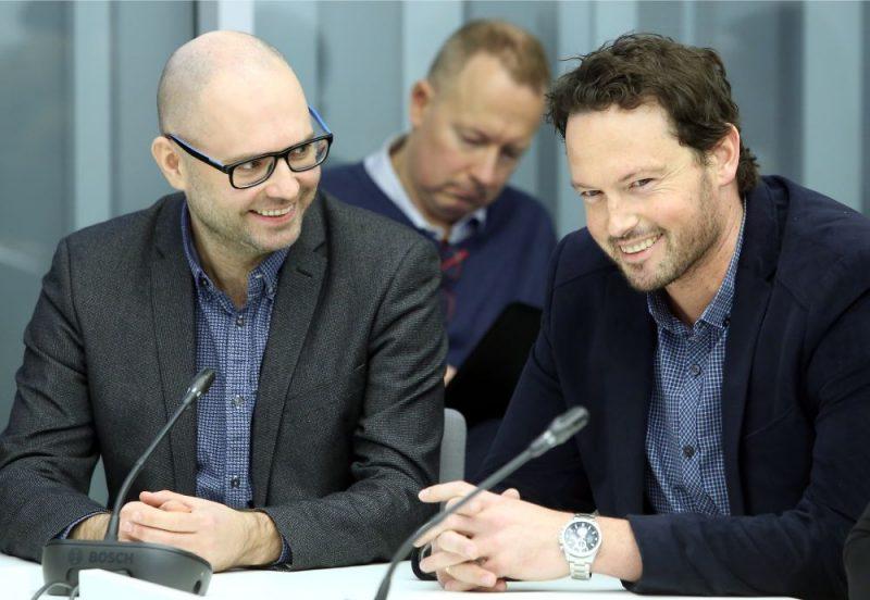 Nacionālās elektronisko plašsaziņas līdzekļu padomes (NEPLP) priekšsēdētāja vietnieks Ivars Āboliņš (no kreisās) un NEPLP padomes loceklis Patriks Grīva.