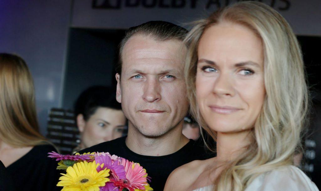 Zanda Zariņa – Rešetina ar vīru, aktieri un režisoru Intaru Rešetinu.
