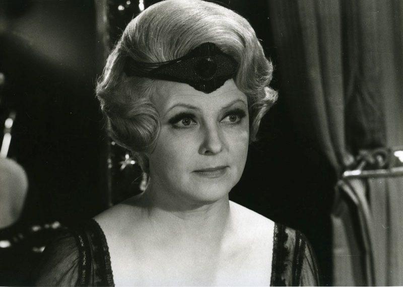 """Džūlija Lamberte Rīgas kinostudijas filmā """"Teātris"""" (1978)."""