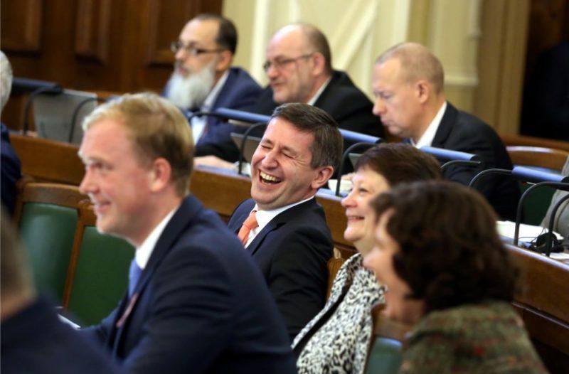 Saeimas sēde, budžeta izskatīšana 2019. gadā