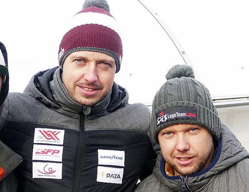 Andris (no kreisās) un Juris Šici veikuši jaunu ierakstu Latvijas kamaniņu sporta vēsturē.