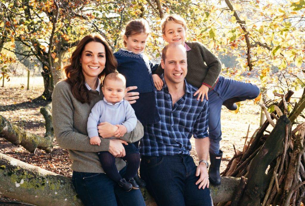 Keita Midltone un princis Viljams ar saviem bērniem: mazo princi Luisu, princesi Šarloti un princi Džordžu.
