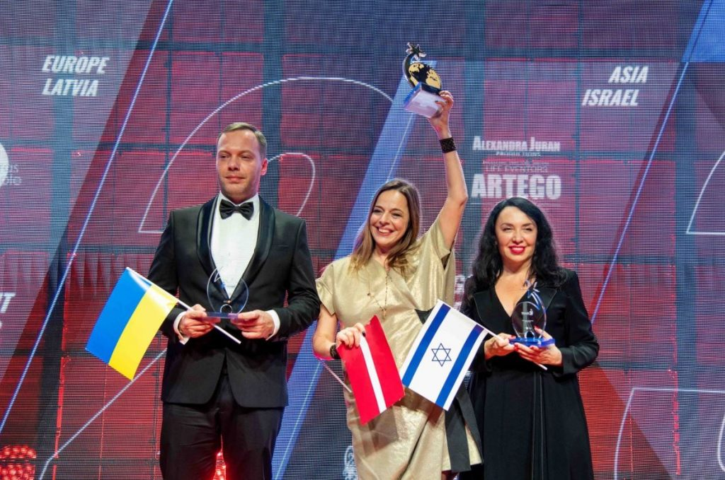 Gundegas Skudriņas komanda izcīna pirmo vietu pasaules pasākumu konkursā.