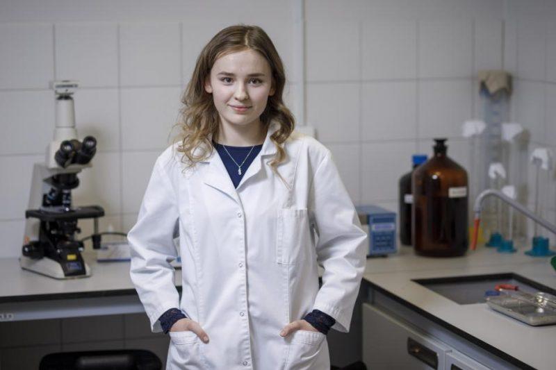 11. klases skolniece Juta Nikiforova.