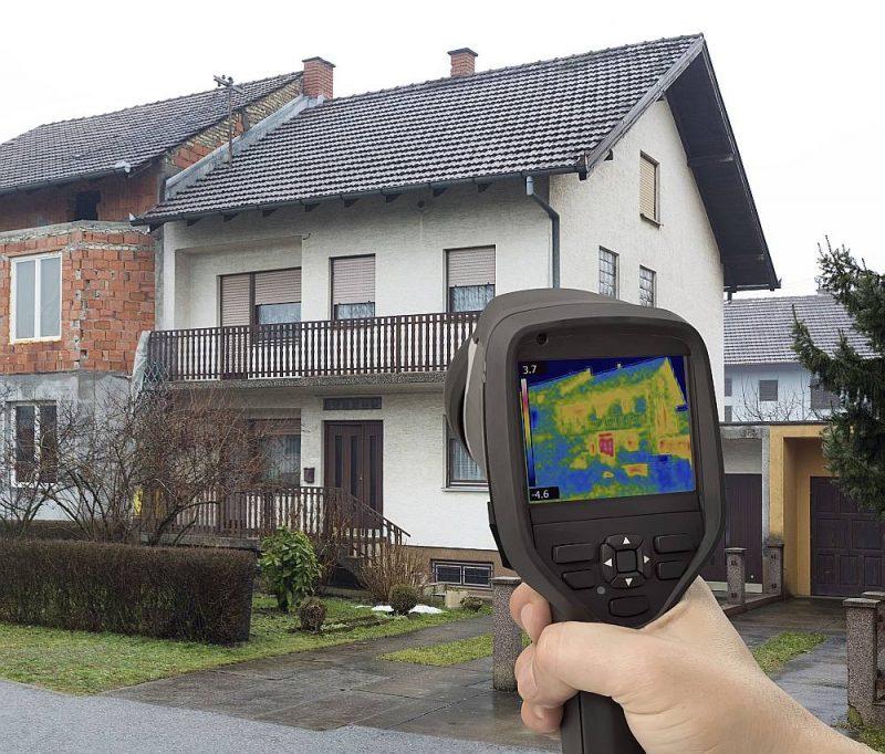 Infrasarkano staru kamera uzrāda vājās vietas izolācijā.