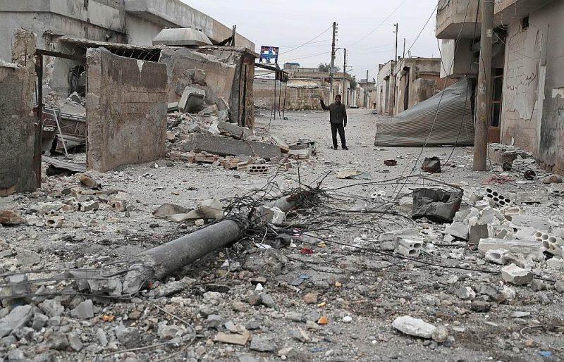 Krievijas aviācijas uzlidojumā Māretas ciemam Idlibas apgabalā gāja bojā 15 civiliedzīvotāji, tajā skaitā sievietes un bērni.