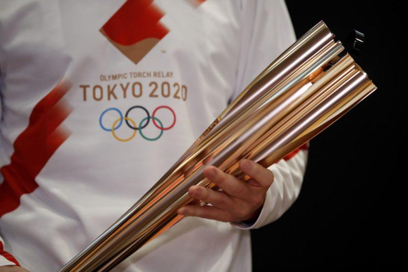 Olimpisko spēļu lāpa.