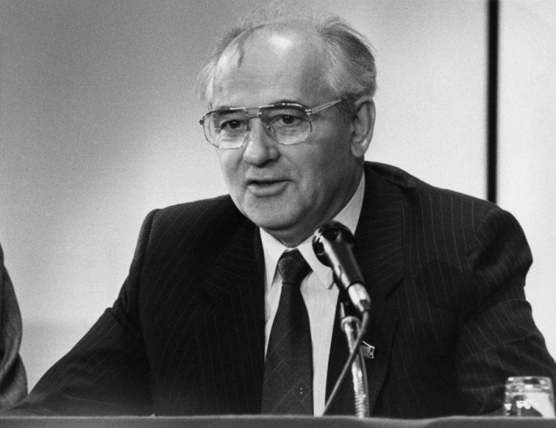 Mihails Gorbačovs 1990. gadā.
