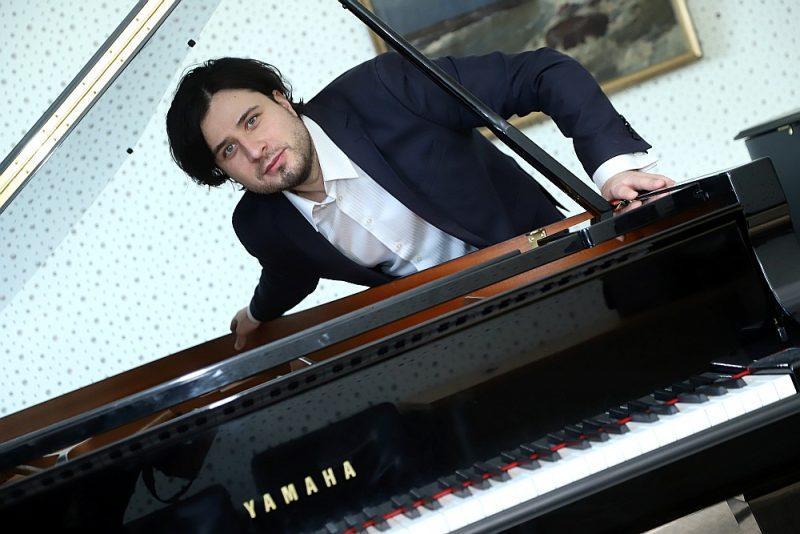 Andreja Osokina solopriekšnesums Liepājā vēlreiz apstiprināja, ka dažādos konkursos godalgotie pianisti arī patlaban ir lieliskā muzikālā formā.