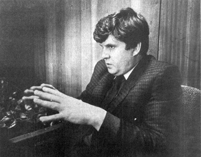 Komjaunatnes vadītājs J. Urbanovičs 1990. gadā.