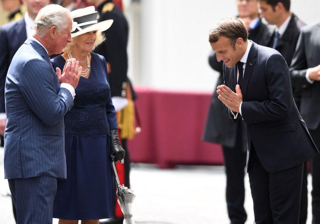 Francijas prezidents Emanuels Makrons ieradies Lielbritānijā.