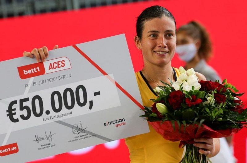 """Latvijas tenisiste Anastasija Sevastova svētdien triumfēja """"Bett1 Aces"""" paraugturnīrā Berlīnē, 19.07.2020."""