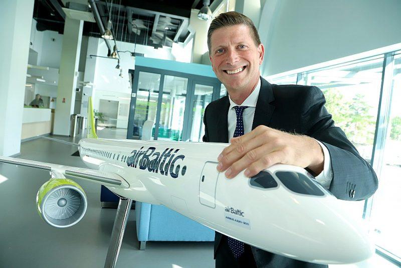 """""""Air Baltic"""" valdes loceklis Pauls Cālītis: """"Nevajadzētu cerēt uz to, ka pienāks laiks, kad aviācijas industrija neradīs izmešus, taču tos samazināt var jau šobrīd."""""""