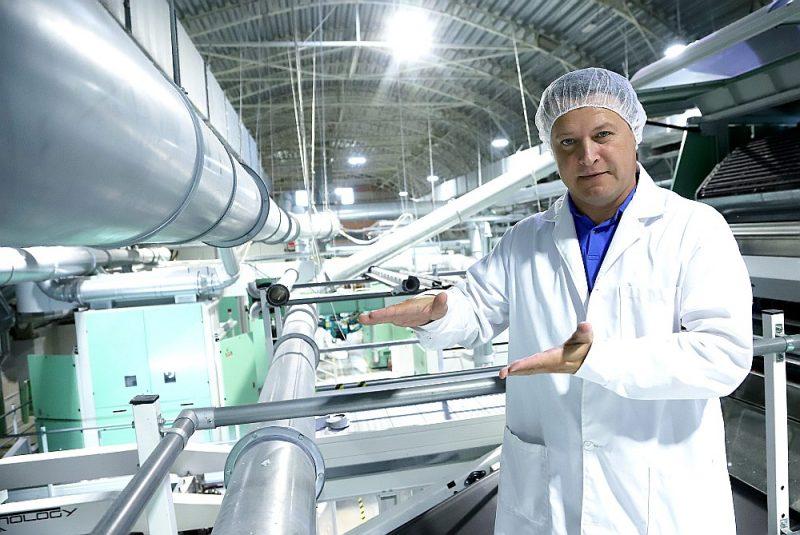 """""""Uzņēmums """"iCotton"""" šoruden pabeigs jauno ražotni Liepājā, un nākamais projekts būs saules paneļu uzstādīšana, kas varētu dot labu ieguldījumu energoefektivitātē,"""" stāsta """"iCotton"""" valdes priekšsēdētājs Sergejs Binkovskis."""