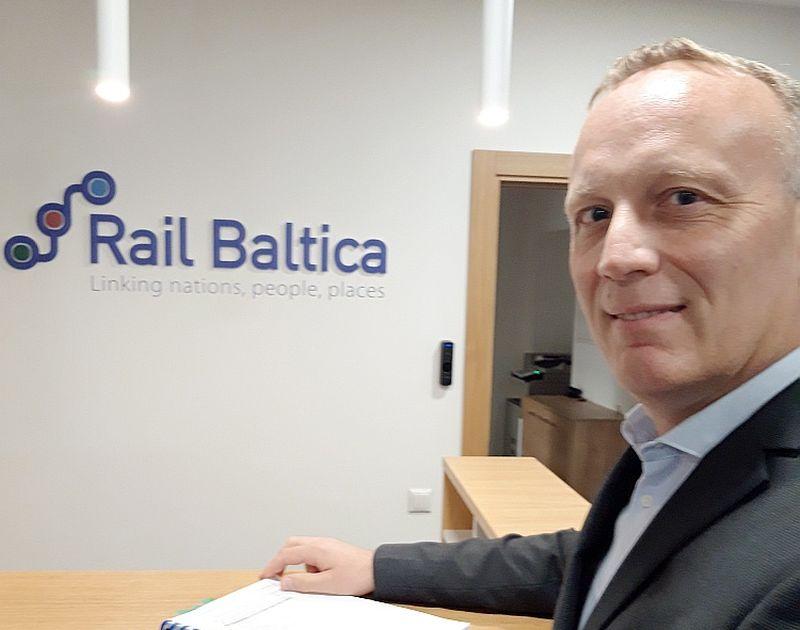 """""""RB Rail"""" Sistēmu un ekspluatācijas departamenta vadītājs Žans Marks Bedmārs: """"Elektrifikācijai nepieciešamas ļoti lielas investīcijas. Tās atmaksājas un ir vērts darīt tikai tad, ja uz dzelzceļa līnijas ir paredzēta intensīva satiksme!"""""""