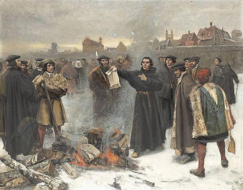 M. Luters un Vitenbergas studenti sadedzina pāvesta bullu.
