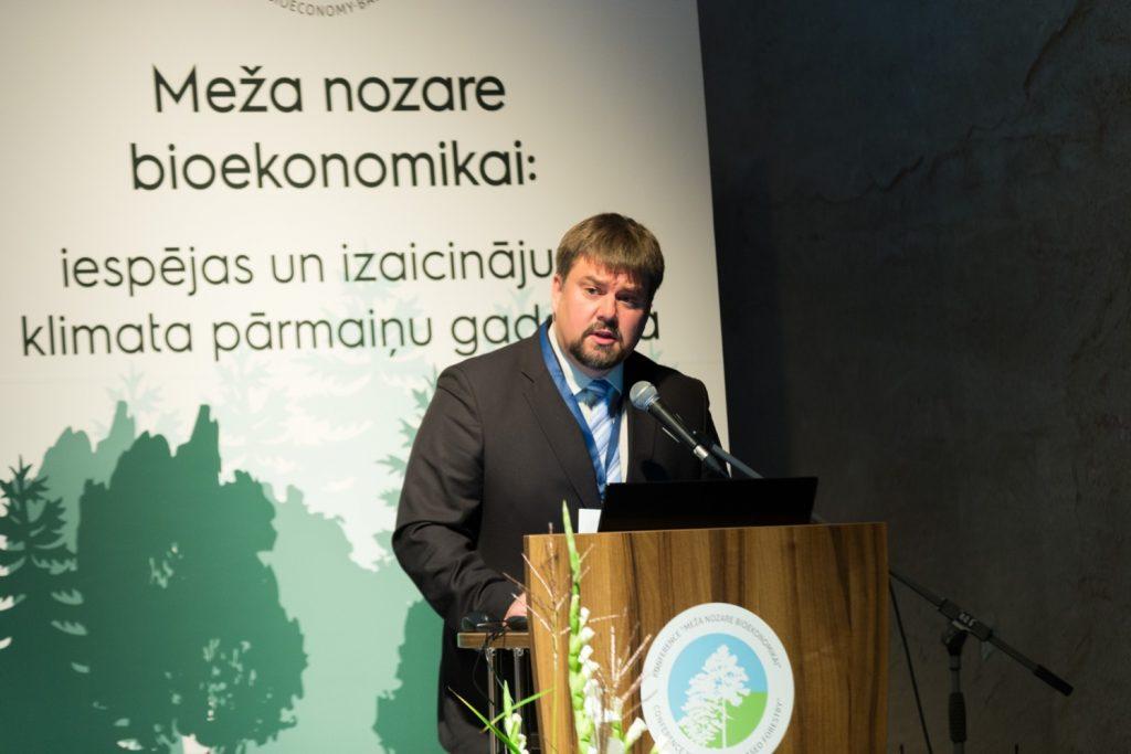Mežzinātņu doktors Dagnis Dubrovskis.
