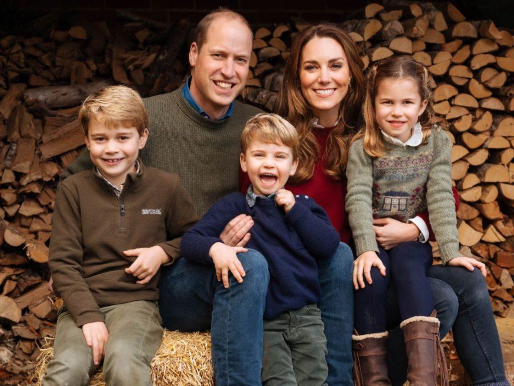 Princis Viljams, Keita Midltone un viņu trīs bērni – princis Džordžs, princese Šarlote un princis Luiss.