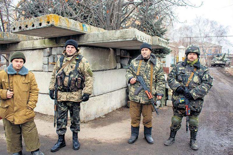 Pie ieejas rotas izvietojumā Staņicas Luhanskas ciemā divu kilometru attālumā no pretinieka pozīcijām.