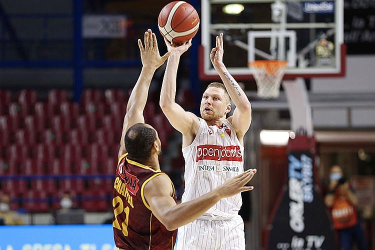 Ingus Jakoviča pārstāvēto Varēzes komandu skāris Covid-19.