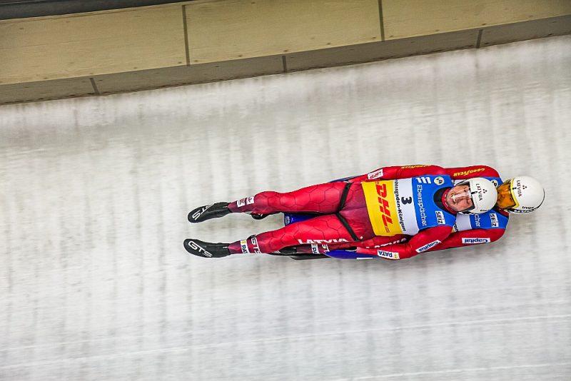 Pēc izcilās nedēļas nogales Andra un Jura Šicu kolekcijā nu ir deviņas pasaules čempionātu godalgas – trīs individuāli un sešas stafetē.