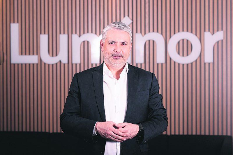 """""""Luminor"""" bankas valdes priekšsēdētājs Peters Boseks: """"Ir pilnīgs pamats gaidīt ekonomikas pārmaiņas tuvāko desmit līdz divdesmit gadu laikā, un šīm pārmaiņām būs nepieciešams milzu kapitāls. Ja runājam tieši – tā ir Eiropas iespēja atjaunot tās ekonomisko ietekmi pasaulē un radīt konkurences priekšrocības, šādai attīstībai ir daudzi labvēlīgi apstākļi. Tā būs lieliska biznesa iespēja."""""""