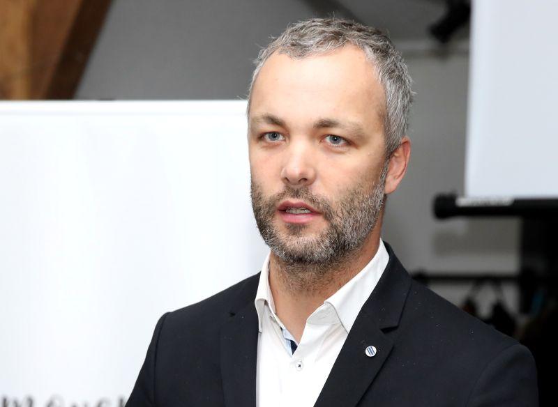 """Armands Tripāns, dokumentālā raidījuma """"Zemes stāsti"""" režisors."""