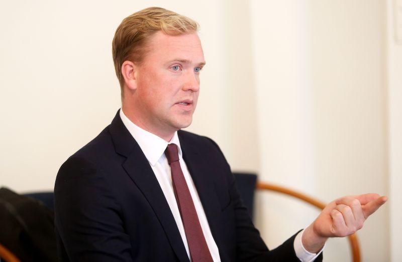 Opozīcijas deputāts Viktors Valainis aktīvi virzījis izmeklēšanas komisijas ideju.