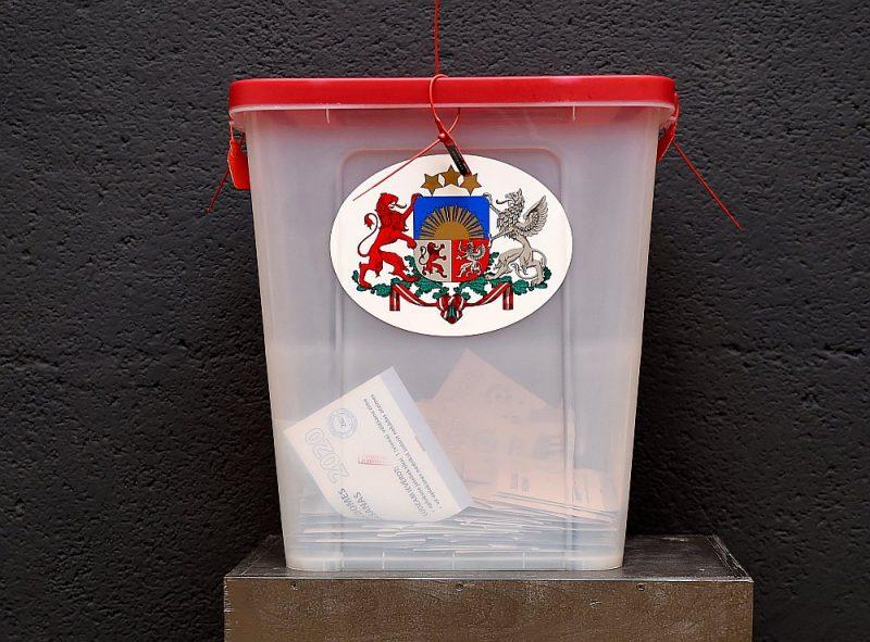 Pašvaldību vēlēšanām ir pieteikti 324 saraksti, kuros iekļauti 5595 kandidāti.