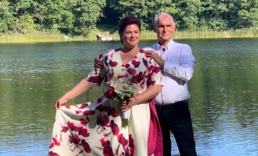 Mūziķis Andris Brīnums ar sievu Oksanu.