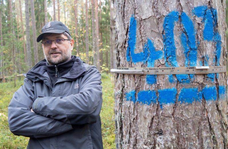 Latvijas Valsts mežzinātnes institūta Silava pētnieks Mg. silv. Jānis Donis.